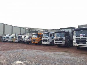 Đội xe tải đủ trọng tải