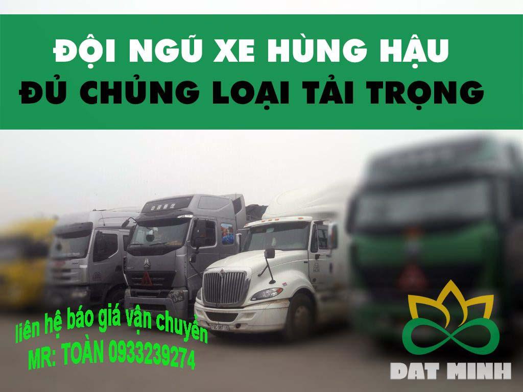 Đội xe vận chuyển hàng hóa từ Hà Nội vào HCM